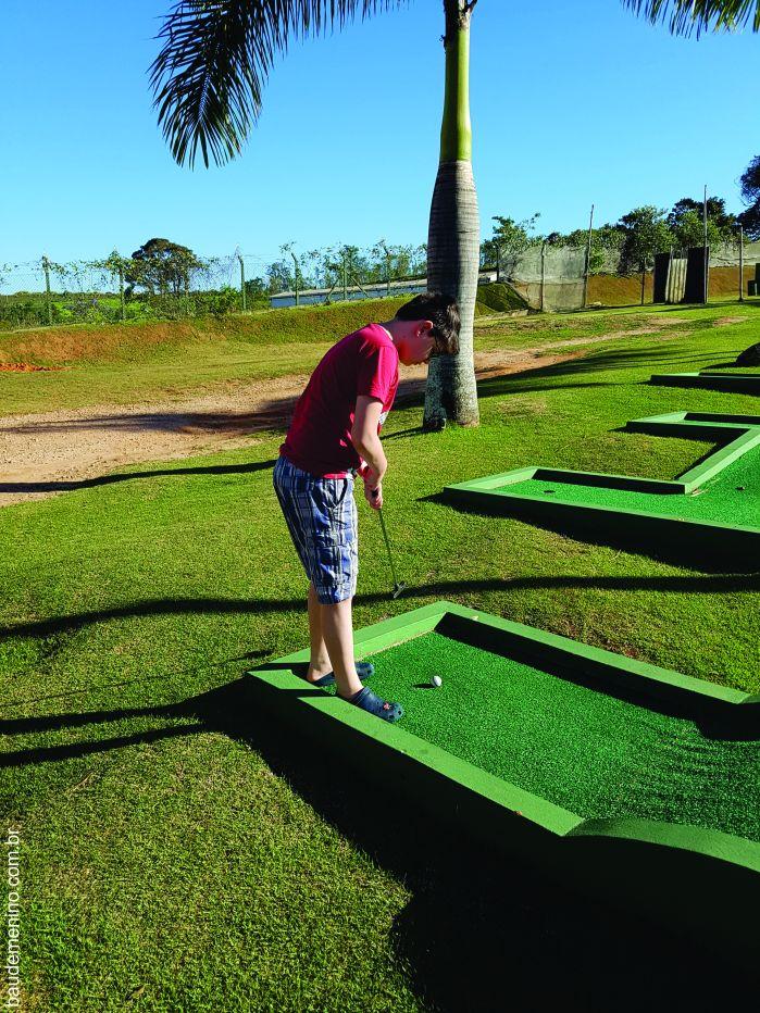 quality-resort-itupeva-mini-golf-1