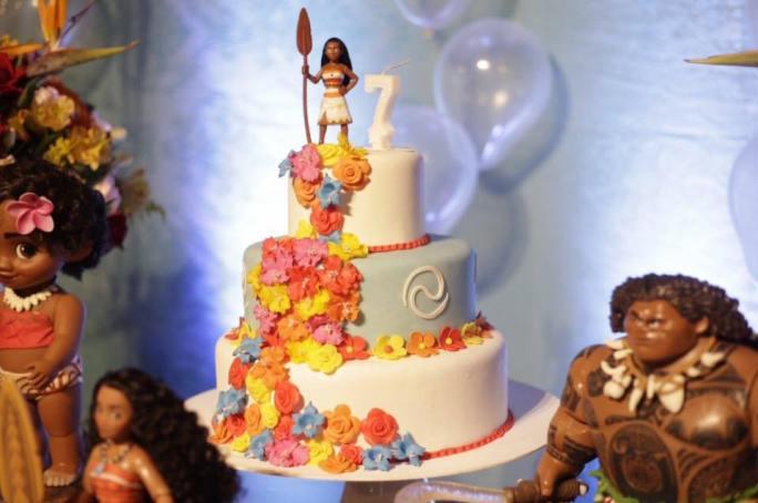 bolo festa moana