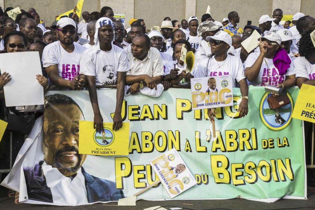 Les partisants du candidat Jean Ping au Meeting de Clôture à Libreville_Baudouin MOUANDA.1jpg