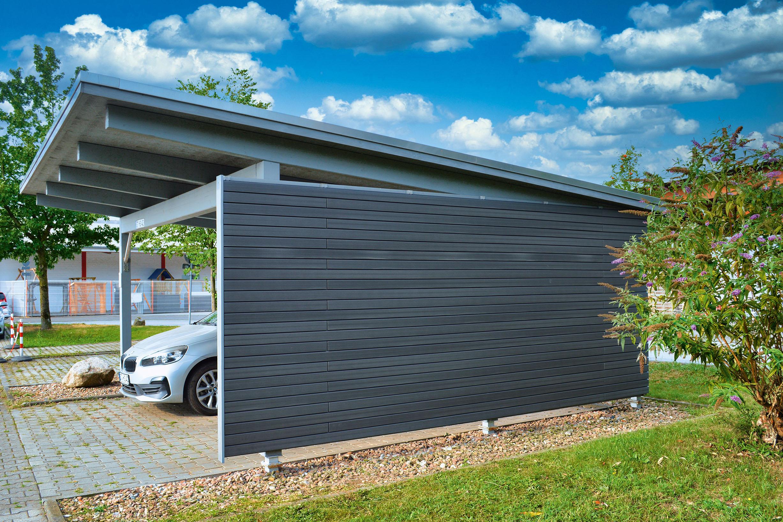 Carport aus Materialien für nachhaltige Terrassengestaltung