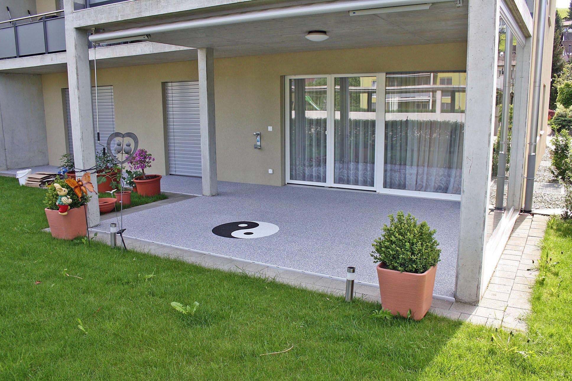 Terrasse sanieren in Natursteinoptik