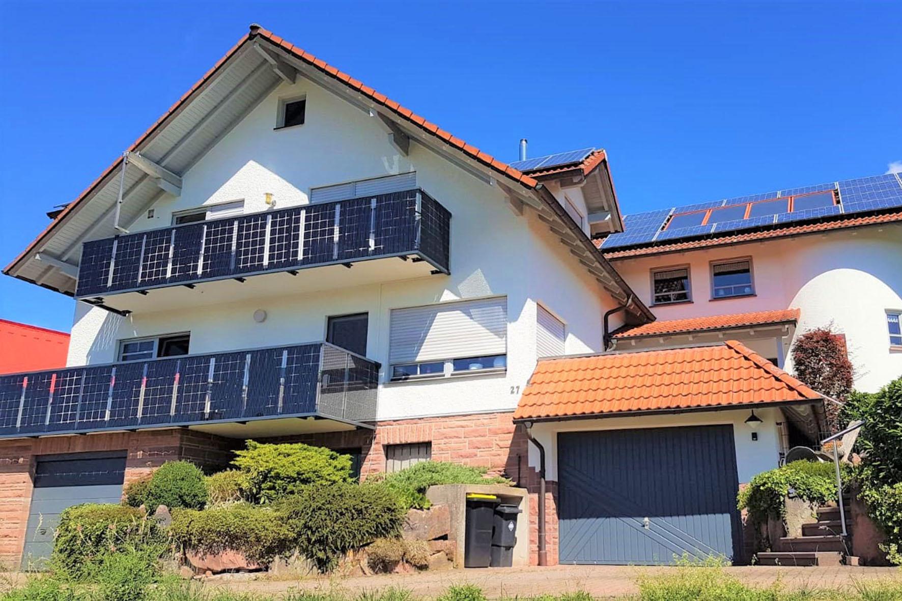 Solare Ernte auf dem Balkon