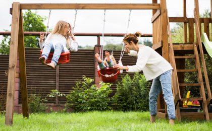 Gartenholz winterfest machen auch an Spielgeräten