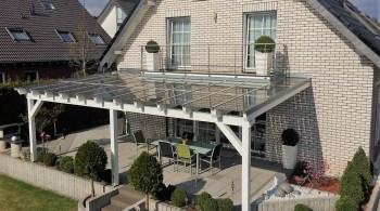 Solardach auf der Terrasse
