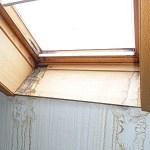 Schimmel am Dachfenster Velux Hauskauf Checkliste Altbau Fenster verschimmelte Dachfenster