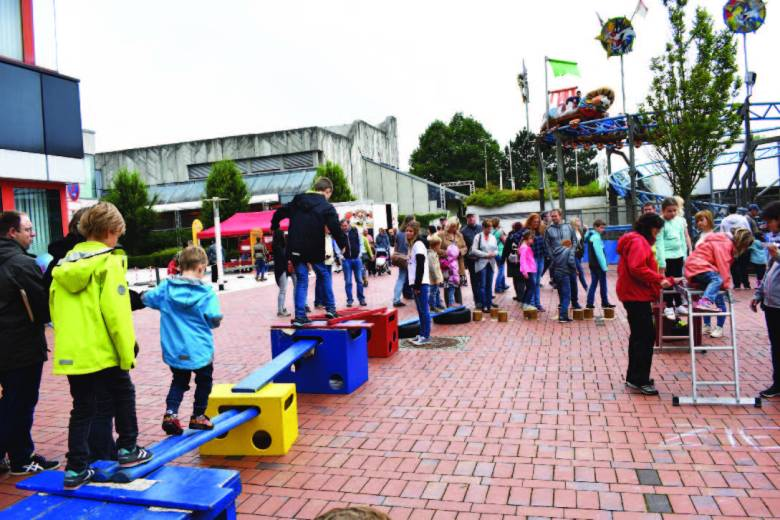 Stadtfest Baunatal, Kinderland, Spielmobil Augustine Baunatal