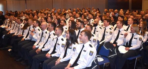 Polizei Nordhessen, Polizei, Baunatal, Graduiertenfeier Polizei, Stadthalle Baunatal