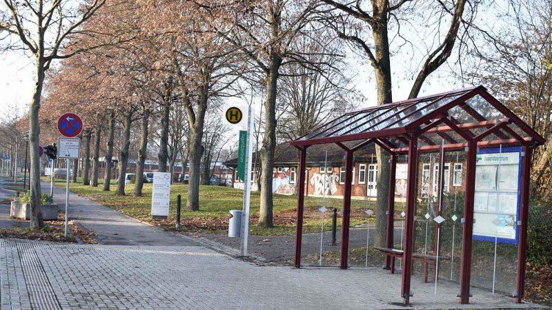 17 Bushaltestellen in Baunatal barrierefrei umgestaltet