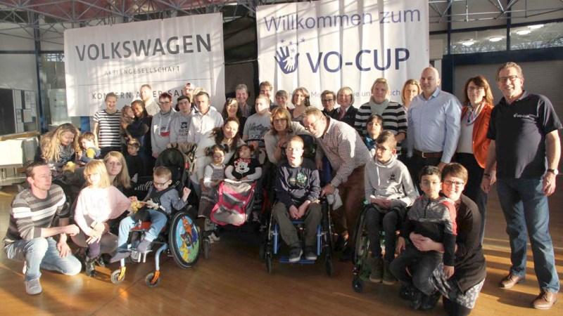 VO-Cup: Feierliche Spendenübergabe von 28.000 Euro