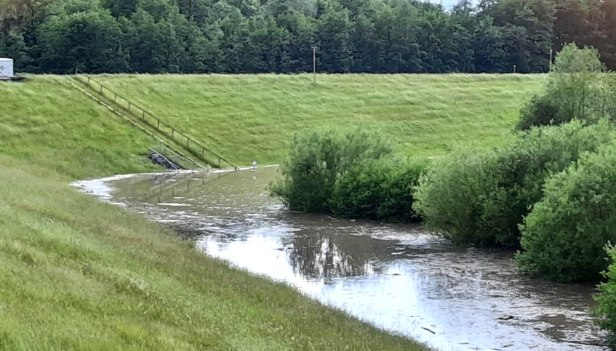 Hochwasser, Schutzmaßnahmen, Baunatal, Hochwasserschutz, Nordhessen