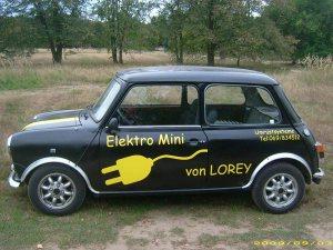 lorey-mini