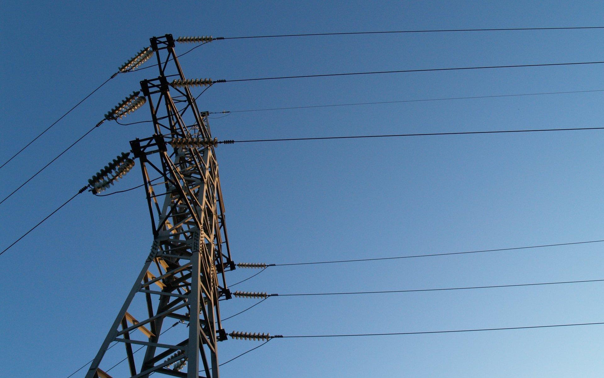 Odlukom Vlade za stanovništvo čiji objekti nose žutu i crvenu naljepnicu besplatna električna energija i u lipnju