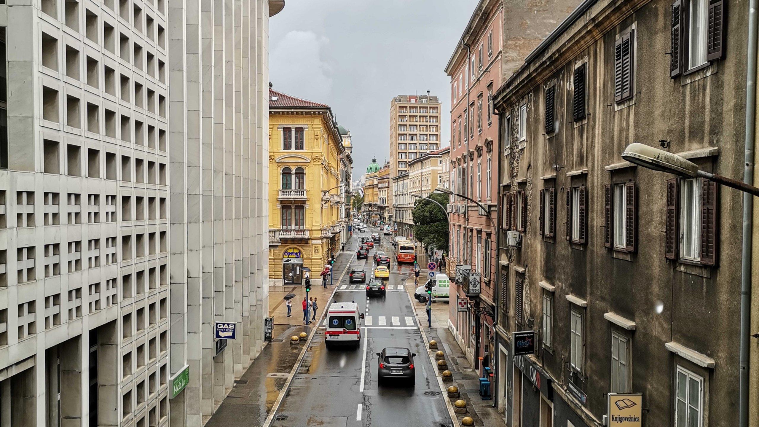 [FOTO] Jedna od najprometnijih ulica u Rijeci, znate li kako se zove?