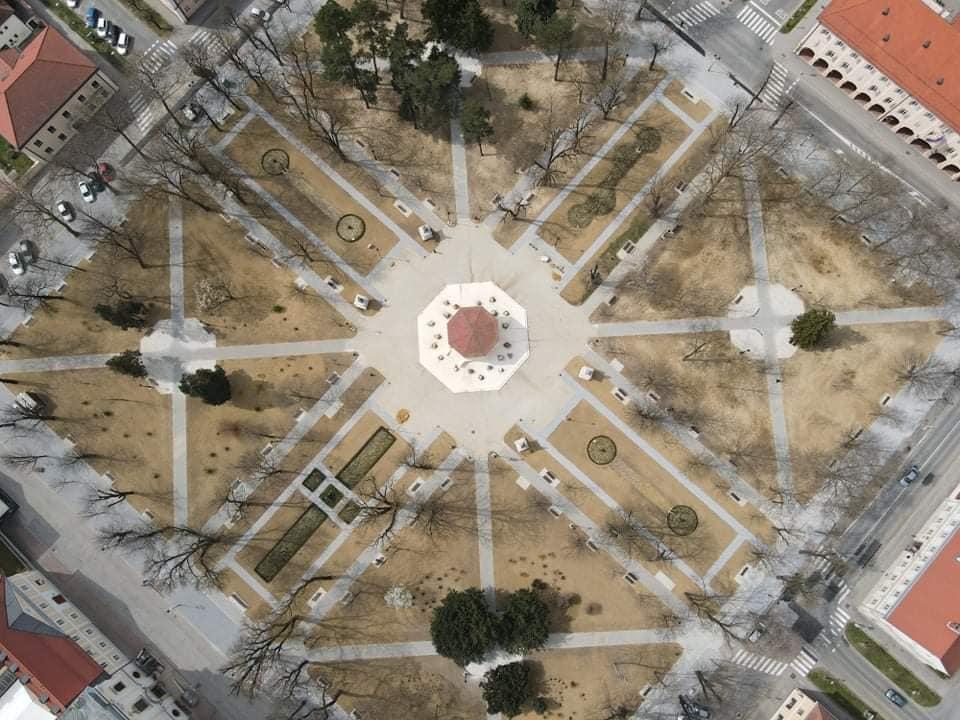 [FOTO] Zeleni se centar grada, ali park nije uvijek bio ovako lijepo uređen