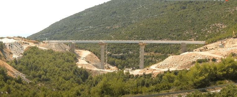 Pristupne ceste oko Pelješkog mosta: Brodosplit opremio vijadukt Prapratno s 2.580 tona čelika