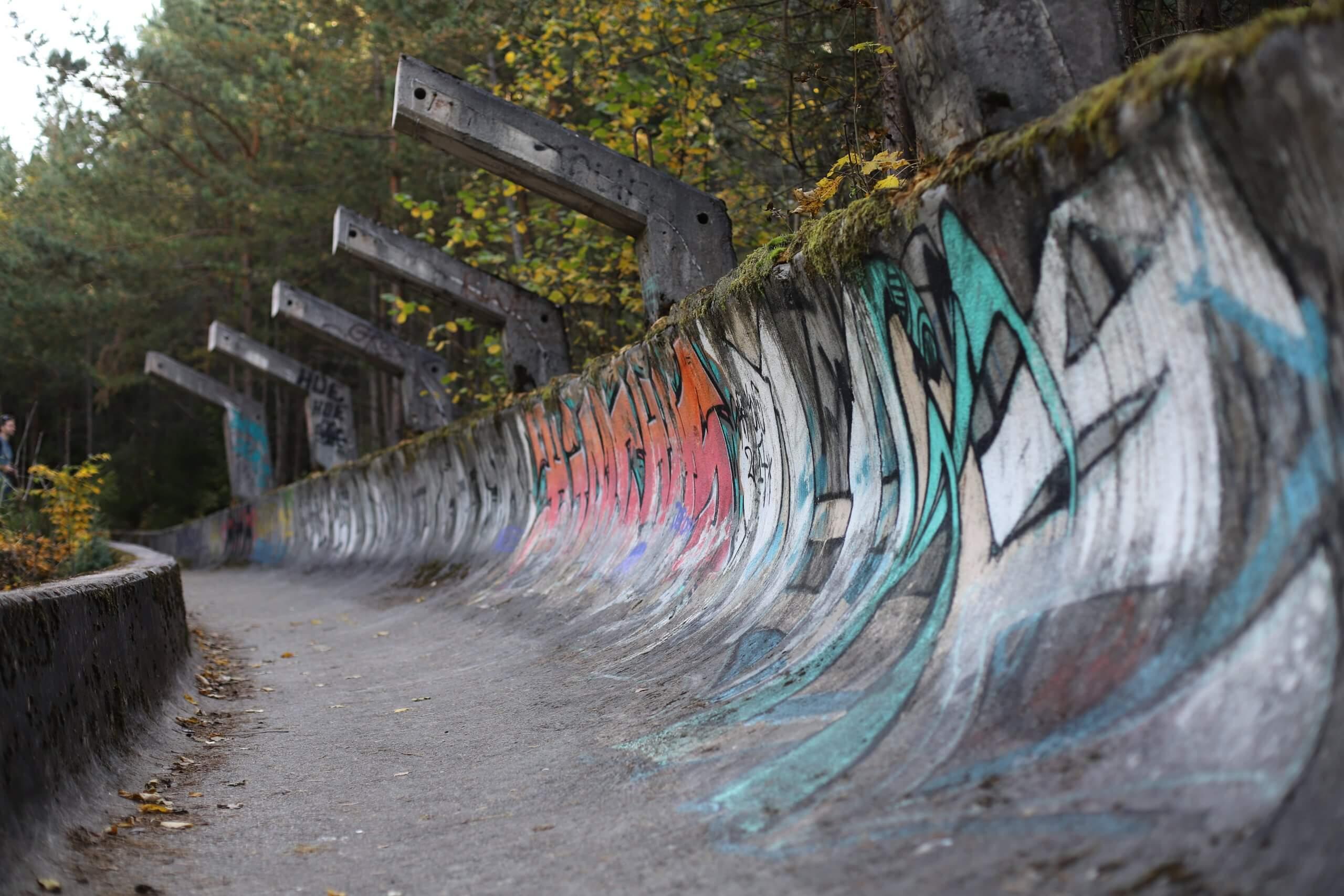 Olimpijska staza za bob i sanjkanje u Sarajevu