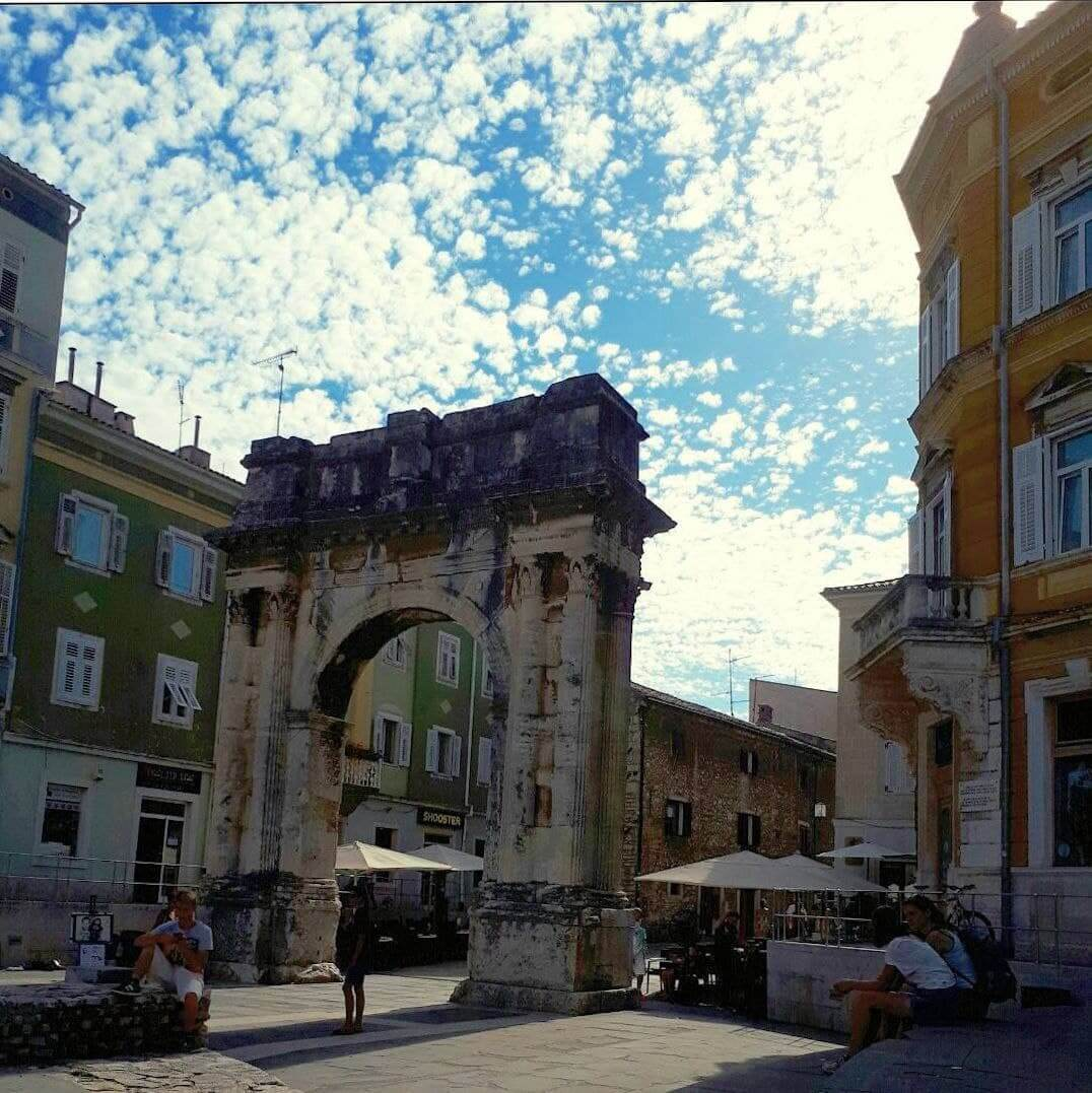 [FOTO] U kojem gradu se nalaze Zlatna vrata?