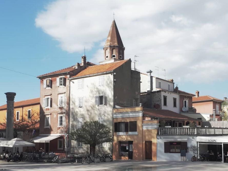[FOTO] Možete li prepoznati u kojem se gradu nalazi ovaj trg?