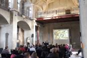 Vorträge in der Schlosskapelle Dresden. Am Rednerpult: David Wendland (Foto: F. Voormann)