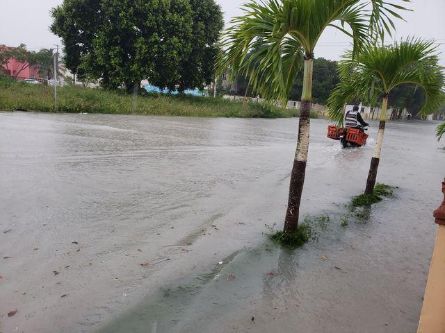Denuncian Pueblo Bávaro parece Venecia cuando llueve por las inundaciones