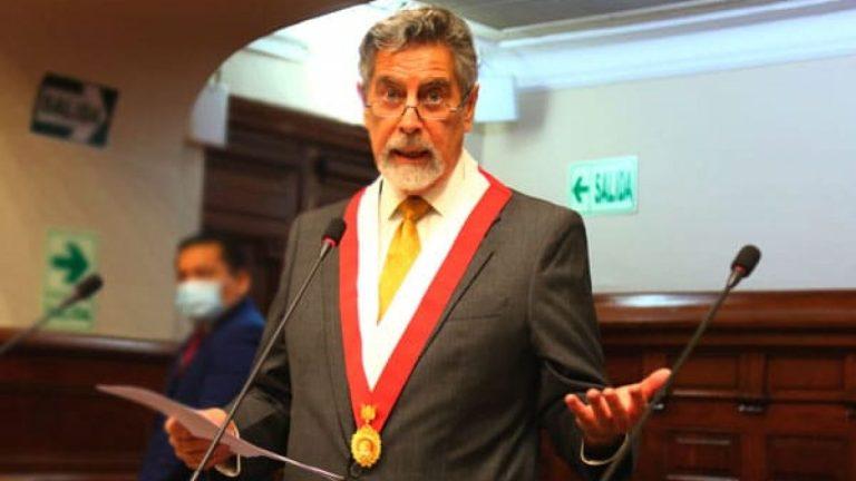 Perú designa tercer presidente en una semana