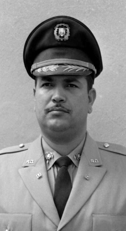 A 48 años del vil fusilamiento del Coronel Caamaño Deño