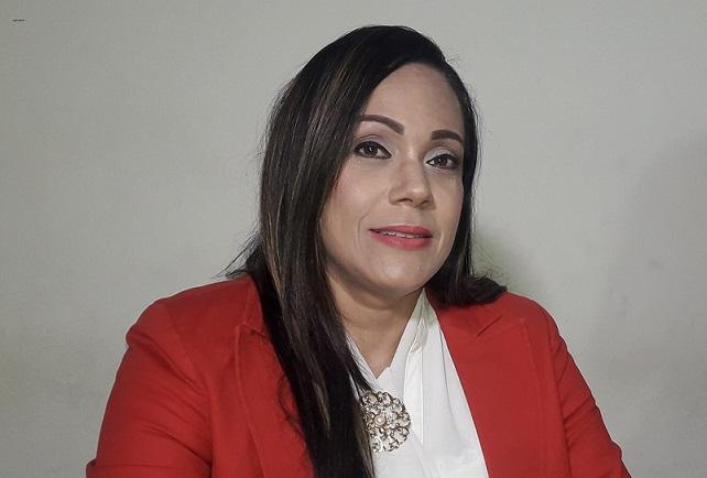 Comunicadora Higueyana MASIEL PEÑA pide continuar luchando para recuperar 38 millones de dólares