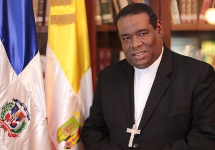Obispo de La Altagracia llama al presidente Abinader enfrentar alzas en los precios de productos de primera necesidad