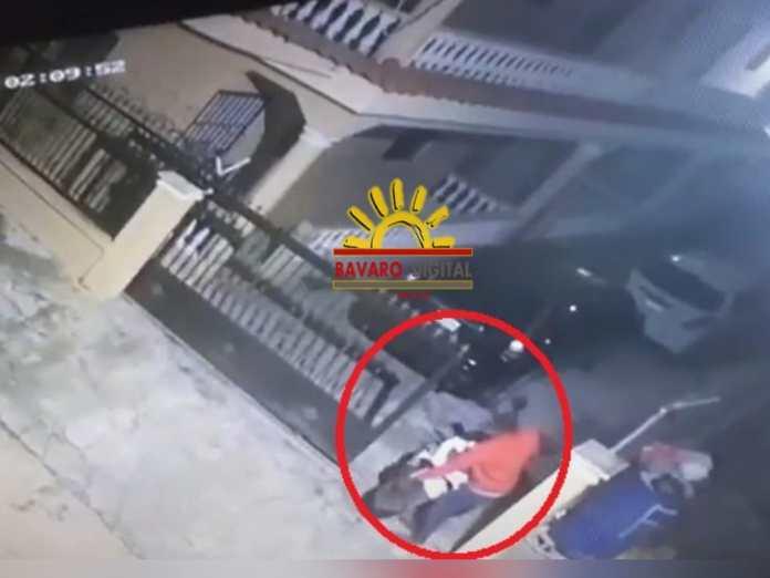 (VIDEO): En Lotificación Verón los ladrones están haciendo de las suyas. Mire cómo roban una pasola.