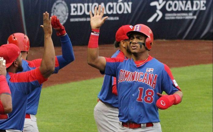 En batalla de jonrones, Dominicana adelanta a Venezuela en el Preolímpico Final de Béisbol