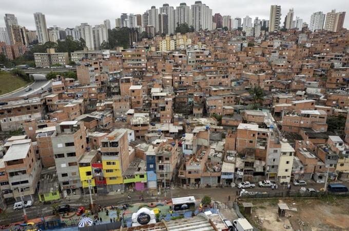 Favela de Sao Paulo celebra 100 años de fundada
