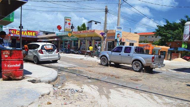 Comunitarios de Friusa, Bávaro se quejan de promesas incumplidas por Ayuntamiento Distrital