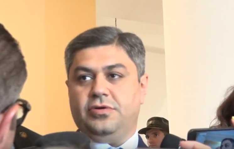 Հովիկ Աբրահամյանի եղբոր մոտ հայտնաբերված զենքերը կիրառվել են մարտի 1-ին. ԱԱԾ տնօրեն