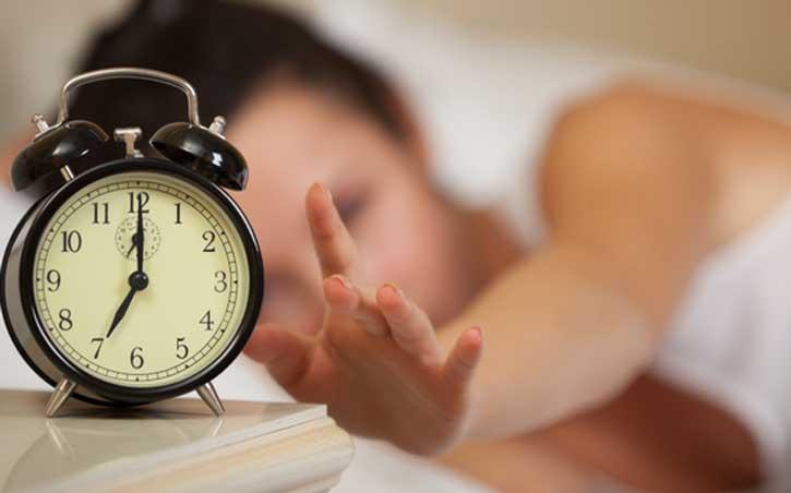 Քանիսի՞ն է պետք քնել, որպեսզի արթնանալ առույգ․ Այս աղյուսակը ուղղակի գտածո է
