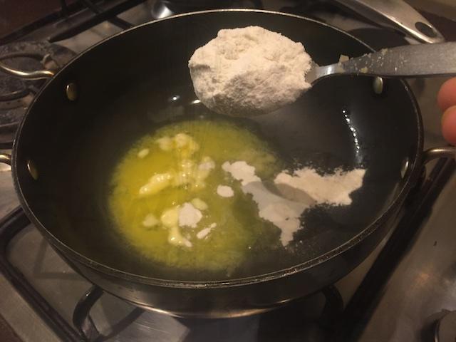 White Sauce for Cream Corn Samosa