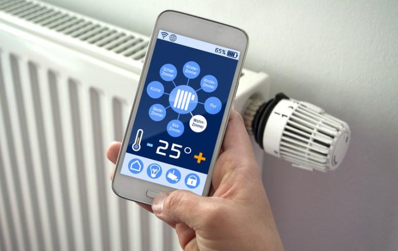 Smartphone mit Software zur Heizungssteuerung