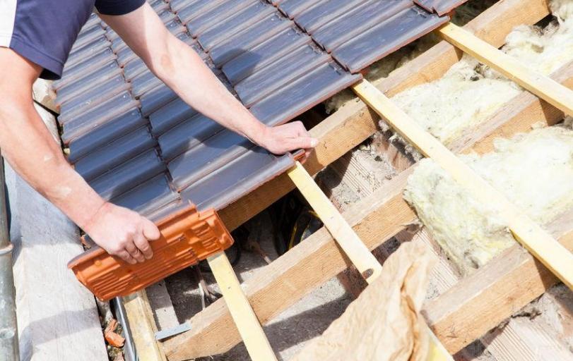 Dachsanierung Kosten Damit Mussen Sie Rechnen Bauen Und Wohnen