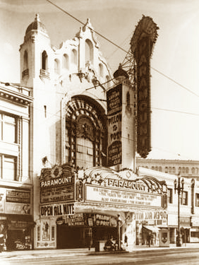 Photo of the Paramount Theater in San Francisco