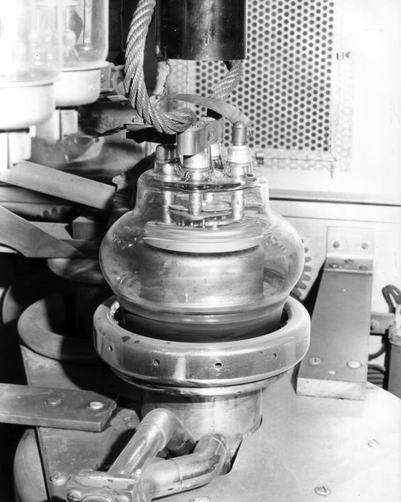 F00207_KGEIEquipment2