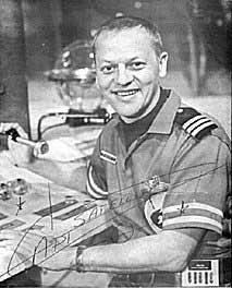 bob-march_captain-satellite