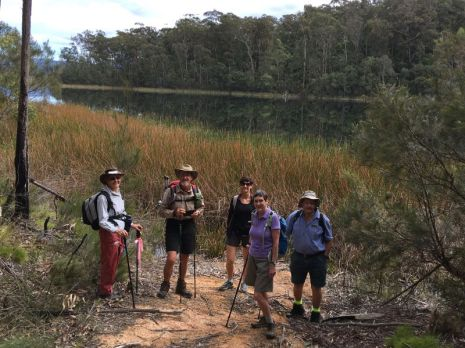 Betty, Bob, Christine, Heather and Len by Deep Creek Dam
