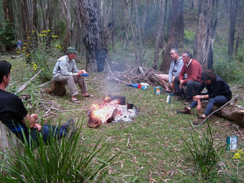 Walkers enjpy a well earned meal by Burra Creek
