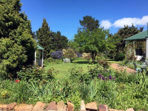 Garoorigang gardens