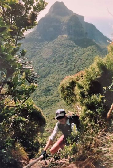 2008 Descending Mt Gower on Lord Howe Island