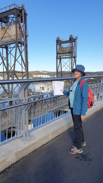 Leader, Joan, with a few facts about the bridge