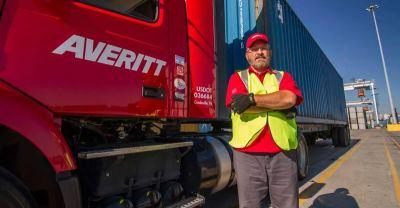 Averitt Receives Award For Work In Mobile