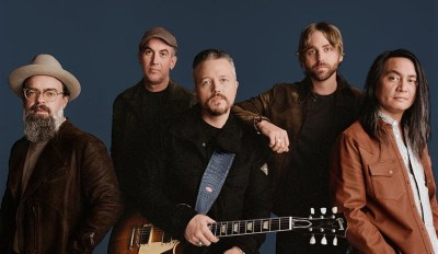 Jason Isbell & The 400 Unit Coming to Saenger