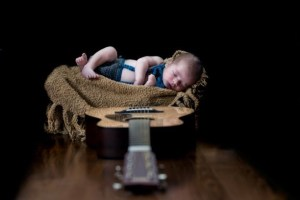 Nama Bayi Laki Laki Modern 2 Kata
