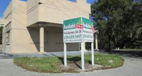 US 41 Building For Sale or Lease