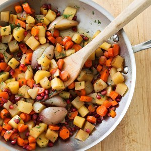 photo of vegetables in saute pan